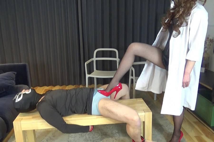 【HD】綺羅女医のスパイ男拷問 パッケージ