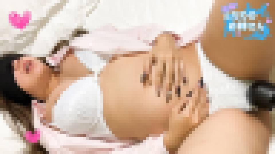 妊娠中の人妻に問答無用の中出し!同人誌に出てきそうな豊満で乳首も大きなお姉さんをハメ撮り じゅんじゅん 画像