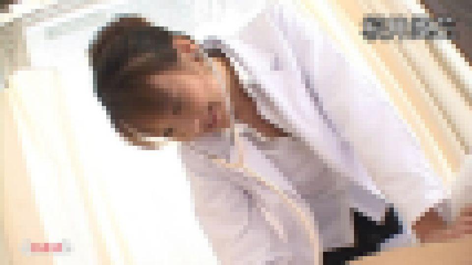 女医と患者と病室で 桜井風花 画像
