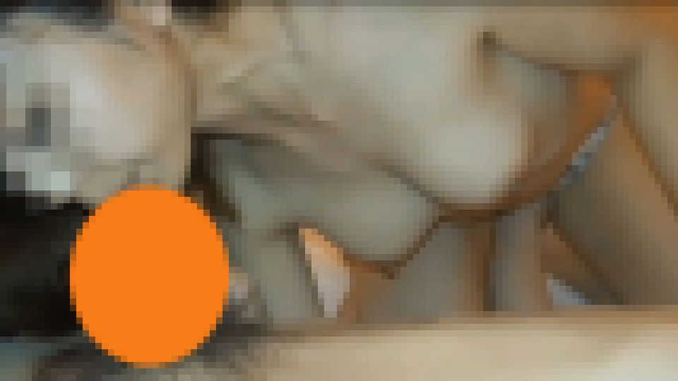 淫女扱いされる29歳の奥様9歳年下の男のちんぽ調教&交尾? レイカ 画像