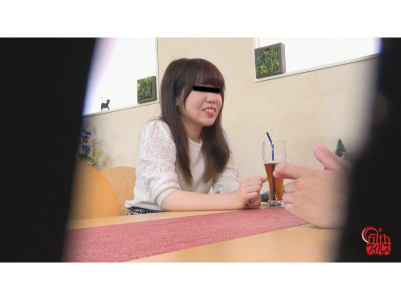 ぴーぴんぐカフェトイレ おまる座りでウンチする女たち サンプル画像