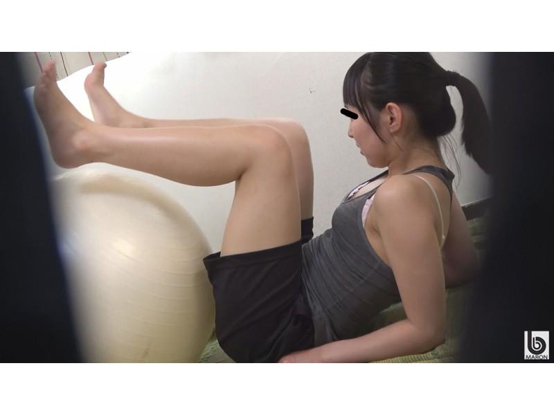美肌スポーツ女子 運動後の濡れ染みる汗だくオナニー サンプル画像